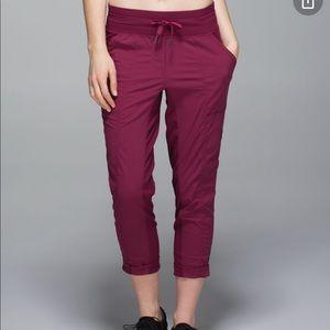Lululemon street to studio crop pants